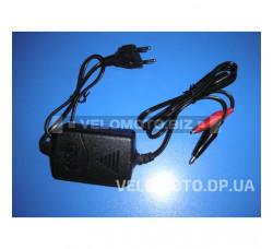 Зарядное устройство 12V1000ma